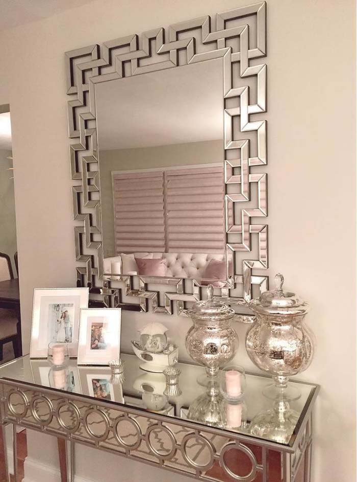 Mirrored Art Deco Table for the Entryway #entry #table #decorhomeideas
