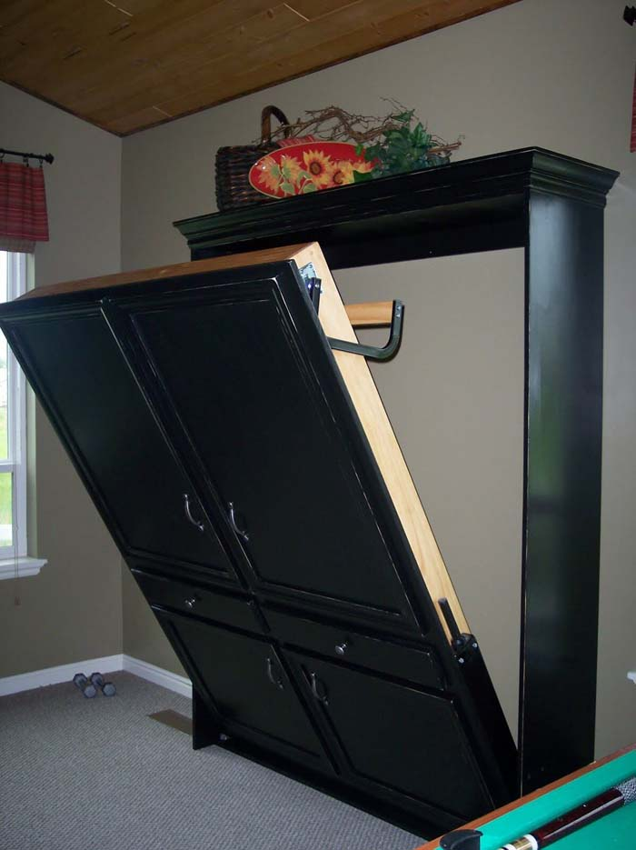 Murphy Bed Disguised as Cabinet #hideaway #projects #decorhomeideas