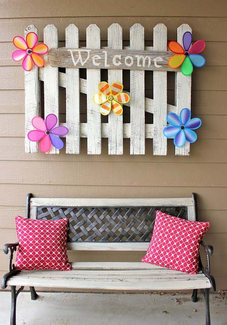 Picket Fence Welcome Sign #porch #decorartion #decorhomeideas