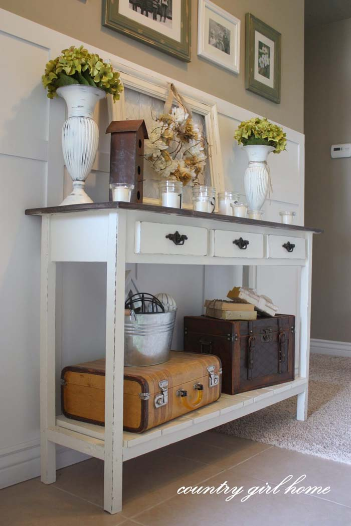 Provincial Pantry Table #entry #table #decorhomeideas
