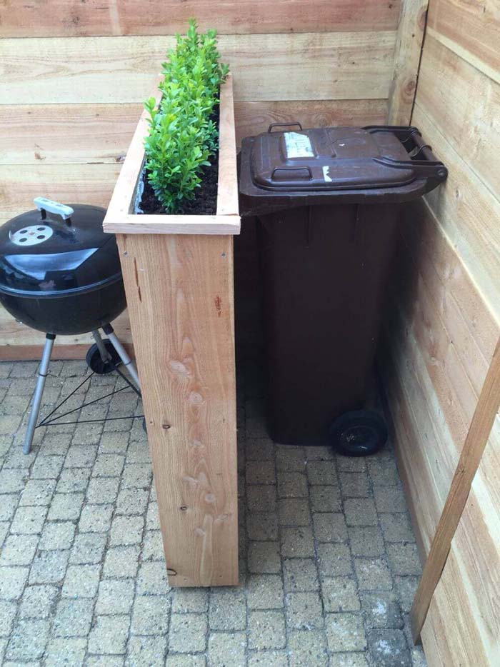 Raised Planters Hide Unsightly Bins #outdoor #hiding #ideas #decorhomeideas