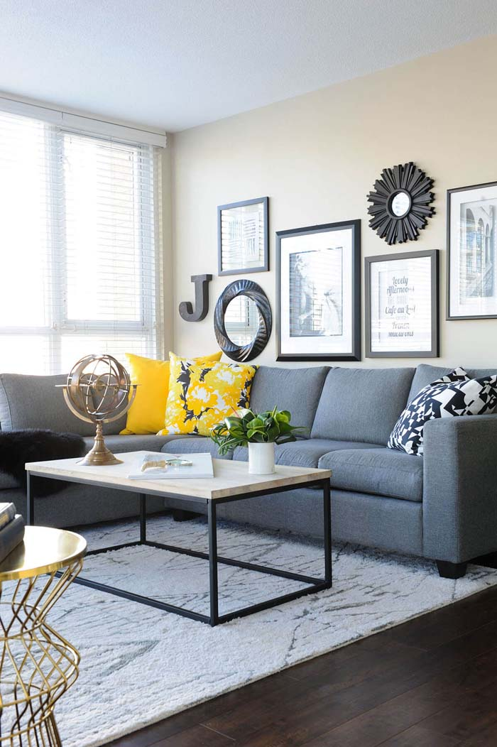 Sectional with Yellow Cushions that Pop #livingroom #design #decorhomeideas