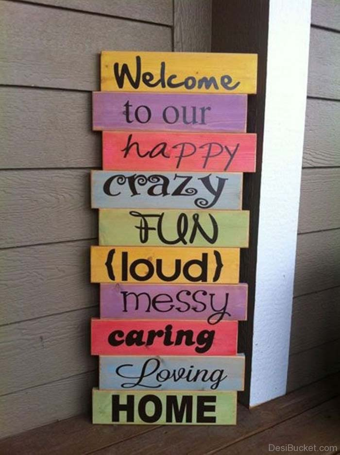 Stacked Colorful Signs #porch #decorartion #decorhomeideas