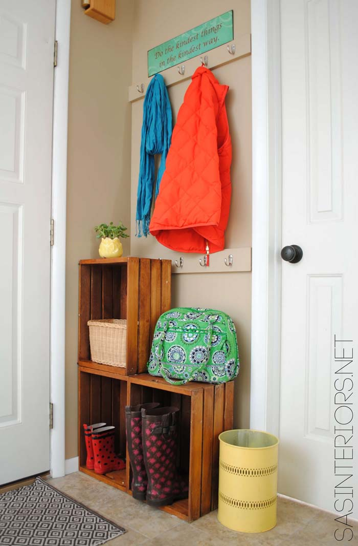 Stacked Crates Create Shelf Space in Tight Corner #small #entryway #decor #decorhomeideas