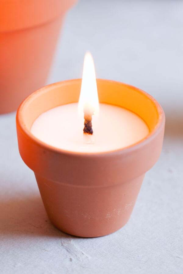 DIY Terracotta Votives #flowerpot #clay #garden #decorhomeideas