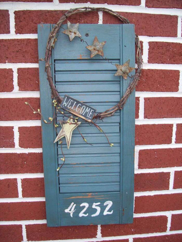 Welcome Sign with Rustic Wreath and Stars #shutter #repurpose #decor #decorhomeideas