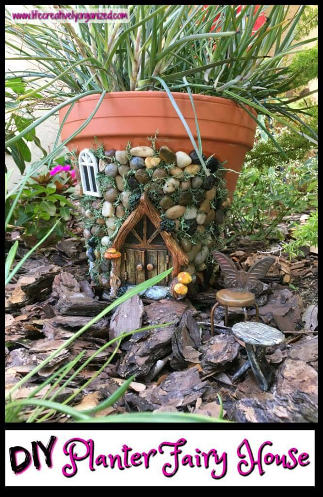 Whimsical DIY Fairy House Planter #flowerpot #clay #garden #decorhomeideas