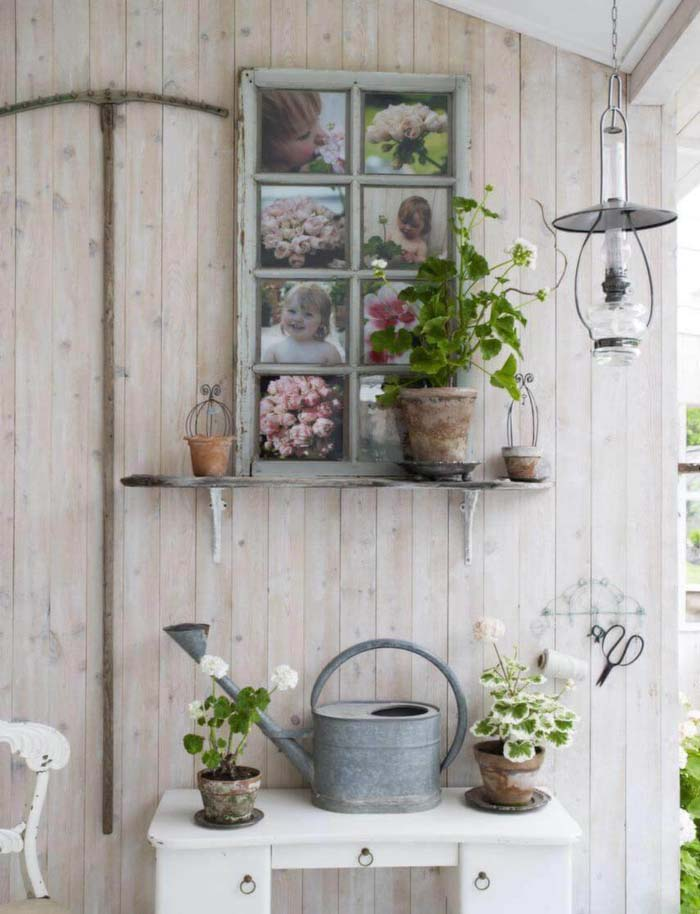 Window Frame with Family Photos #old #window #garden #decorhomeideas