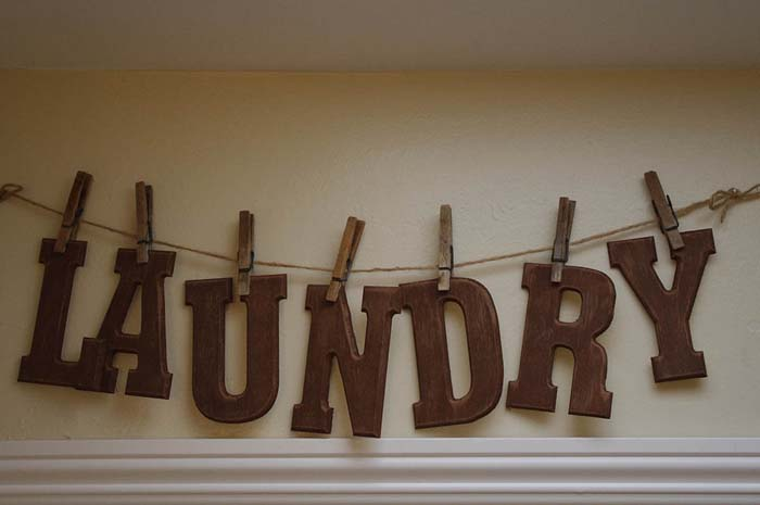 Wood Letter Clothesline Laundry Sign #laundry #vintage #decor #decorhomeideas
