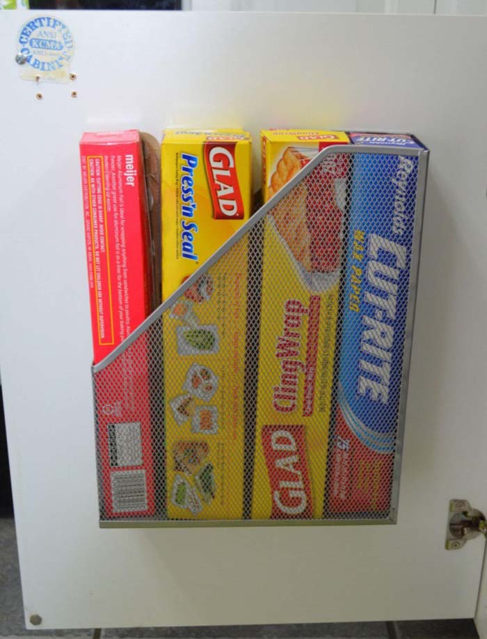 Aluminum Foil and Cling Wrap Holder #dollarstore #storage #organization #decorhomeideas