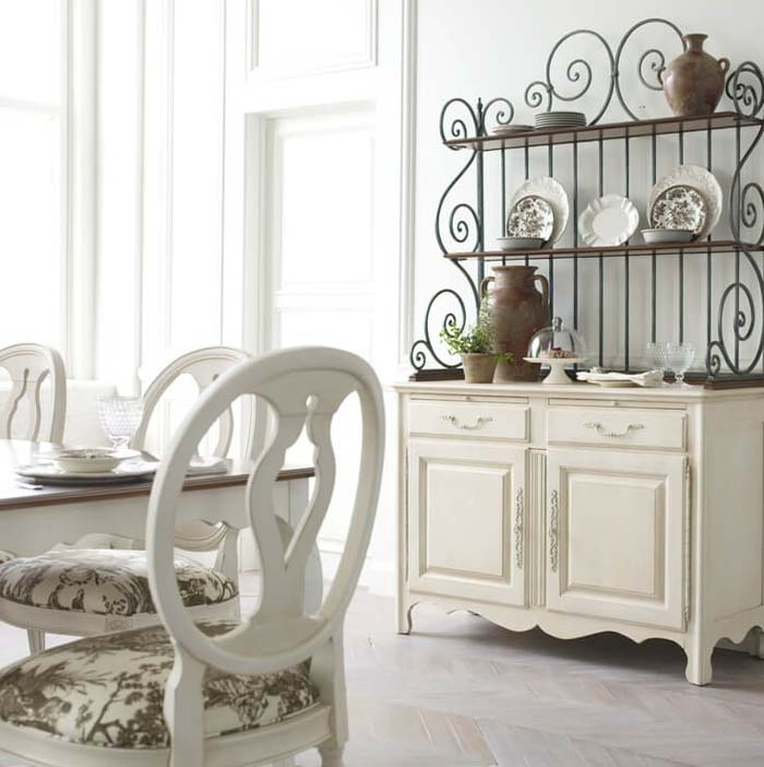 Antiqued Iron Open China Cabinet #diningroom #storage #decorhomeideas