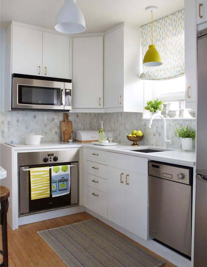 Bits of Retro Color and Style #small #kitchen #design #decorhomeideas