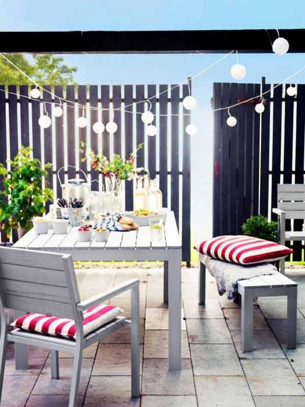 Charming Garden Dining Table with Bright White Lights #stringlight #garden #yard #decorhomeideas