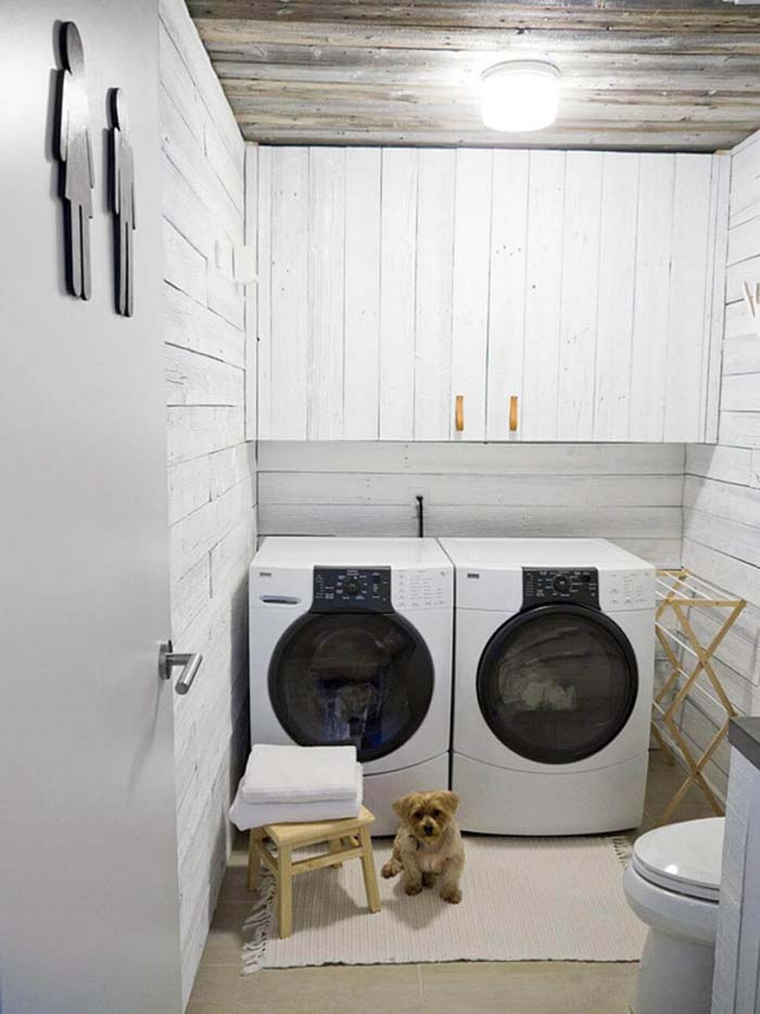 Contemporary Cabin Restroom Laundry Room #laundryroom #small  #design #decorhomeideas