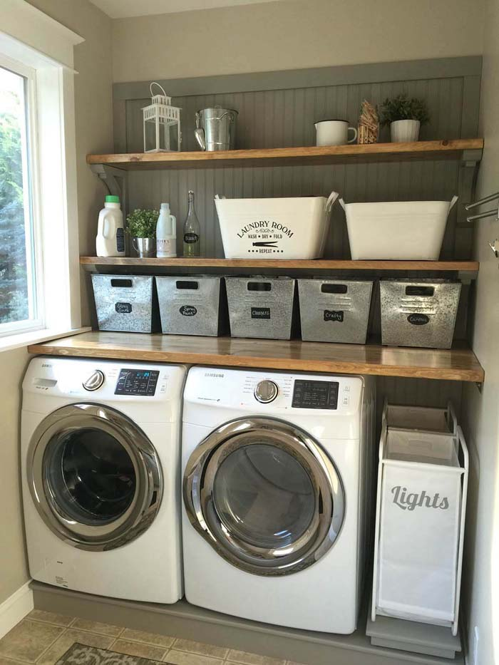 Cozy Country Laundry Room #laundryroom #small  #design #decorhomeideas