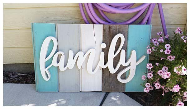 Distressed Barn Wood Word Art #diy #pallet #sign #decorhomeideas