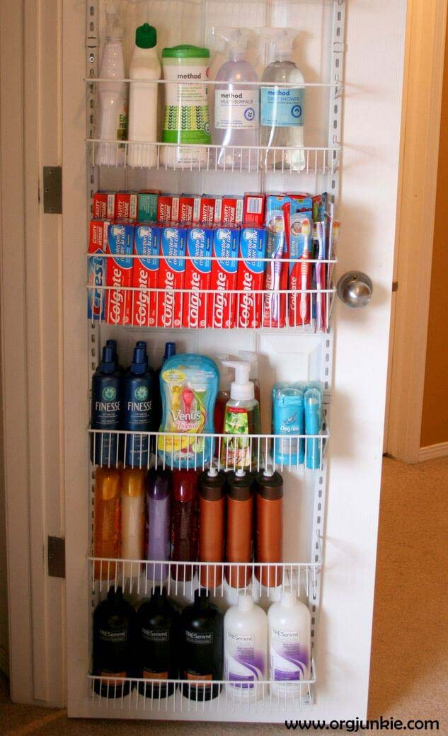 Extra Bathroom Space for Extreme Couponers #dollarstore #storage #organization #decorhomeideas