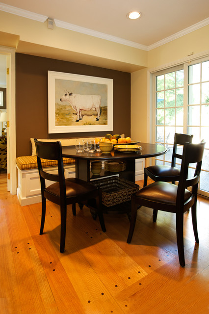 Fixed Bench in an Rule-Breaking Dining Room #kitchen #bench #decorhomeideas