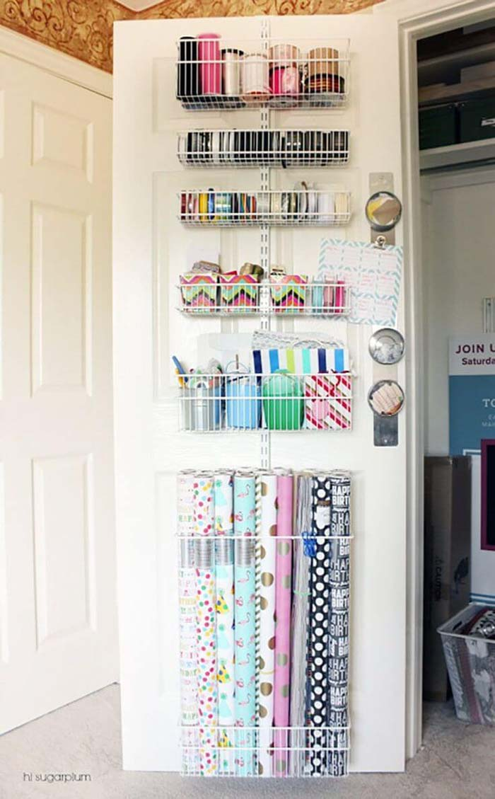 Gift Wrapping Accent Wall #dollarstore #storage #organization #decorhomeideas