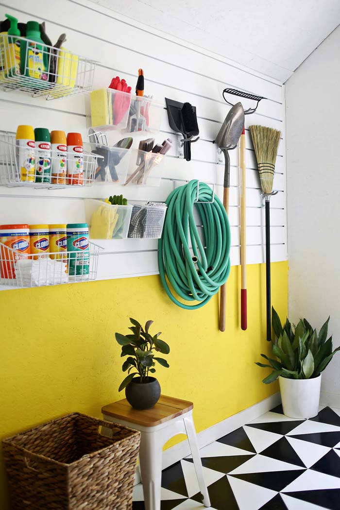 Give Your Garage Some Mod Personality #garage #organization #declutter #decorhomeideas