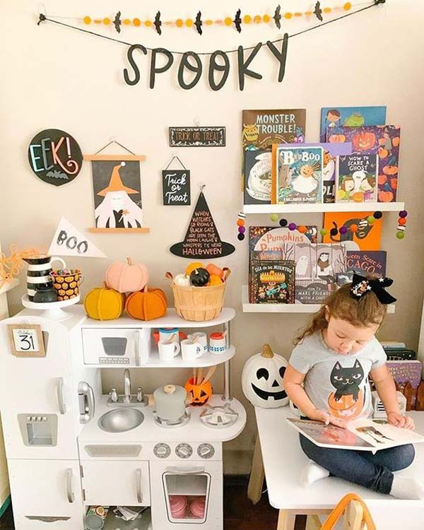 Halloween Vintage Play Kitchen Ideas #halloween #kidsroom  #nursery #decorhomeideas