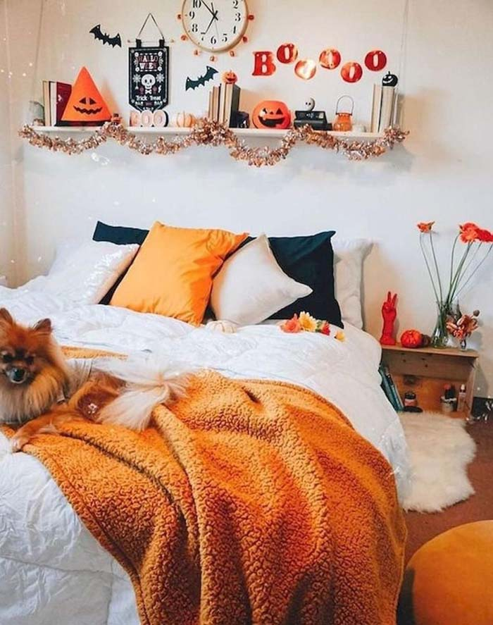 Halloween Warm Tones Kids Room Decor #halloween #kidsroom  #nursery #decorhomeideas
