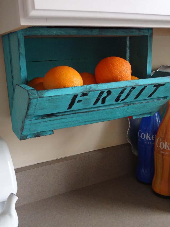 High and Dry Fresh Fruit Crate #dollarstore #storage #organization #decorhomeideas