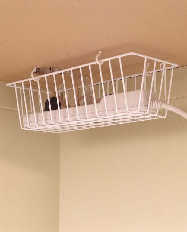 High and Dry Power Strip Basket #dollarstore #storage #organization #decorhomeideas