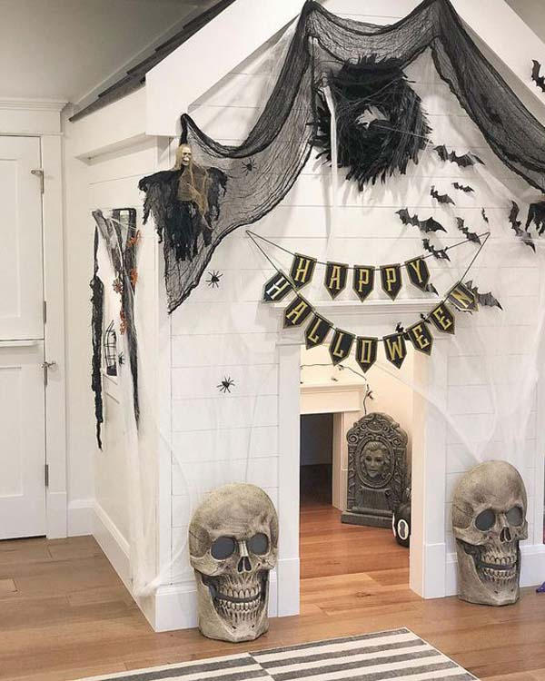 Indoor Halloween Playhouse Ideas #halloween #kidsroom  #nursery #decorhomeideas