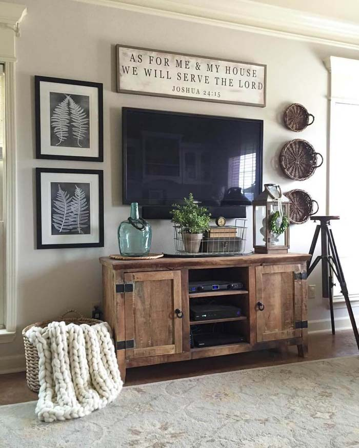 Inspirational Sign with Ferns and Baskets #rustic #livingroom #walldecor #decorhomeideas
