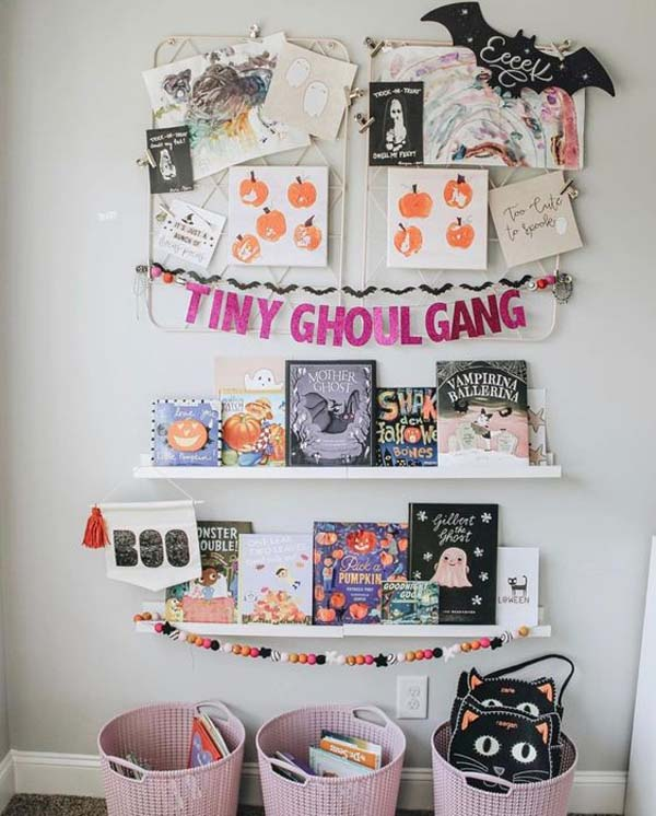 Kids Halloween Bookcase Collection #halloween #kidsroom  #nursery #decorhomeideas