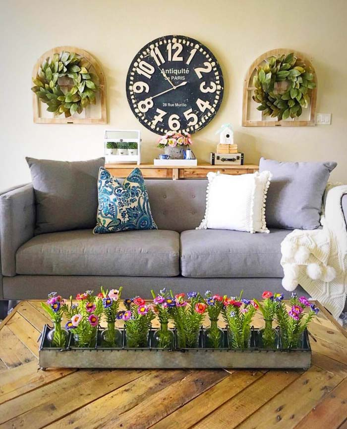 Large Clock with Windows and Wreaths #rustic #livingroom #walldecor #decorhomeideas