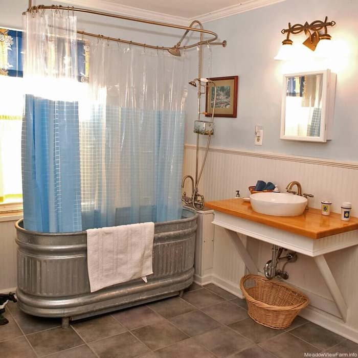 Large Wash Tub Turned into Shower and Bath #galvanized #tub #bucket #decorhomeideas