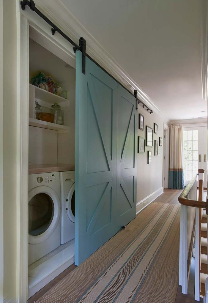 Laundry Pocket Turned Accent Wall #laundryroom #small  #design #decorhomeideas