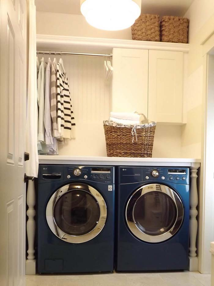 Make Specialty Colors Pop Laundry Room #laundryroom #small  #design #decorhomeideas
