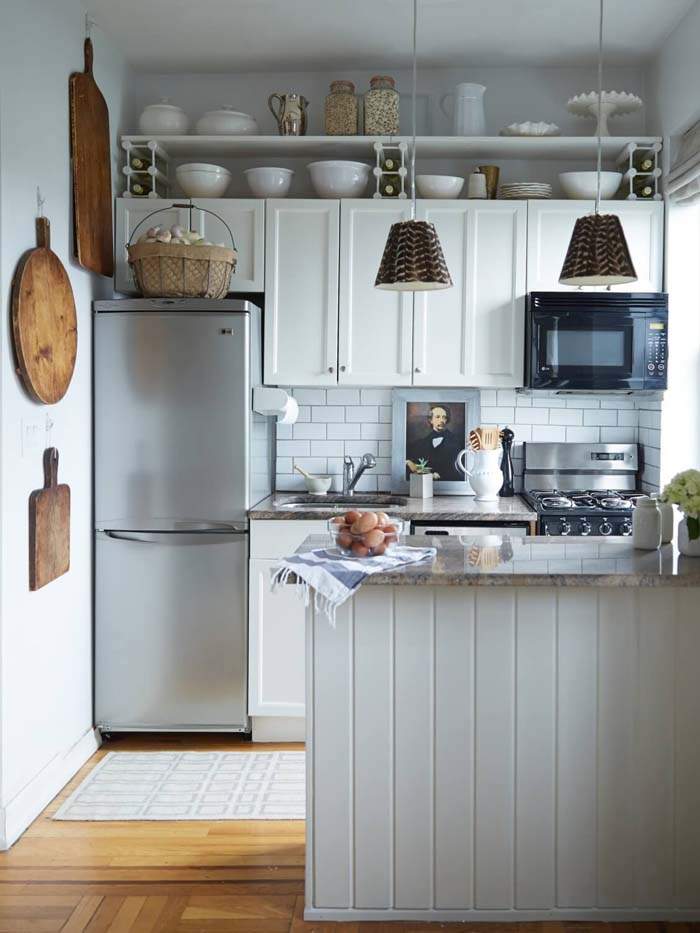 Old Fashions Meet New Styles #small #kitchen #design #decorhomeideas