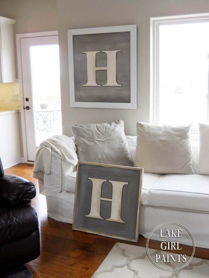 Oversized Initial Letter on Canvas #rustic #livingroom #walldecor #decorhomeideas