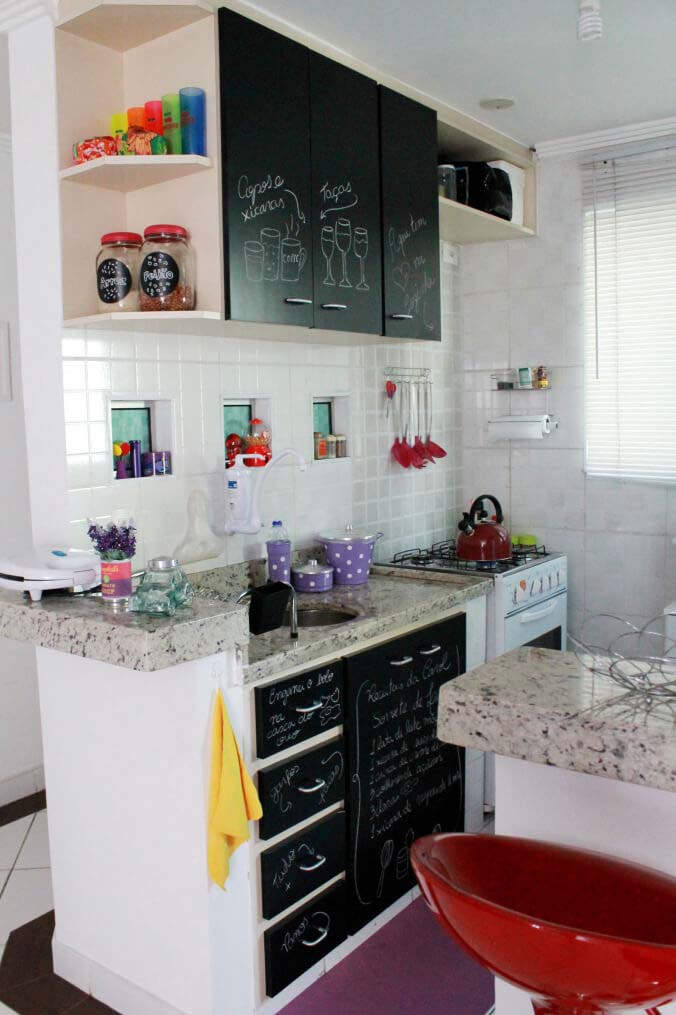 Painting With a Personal Touch #small #kitchen #design #decorhomeideas