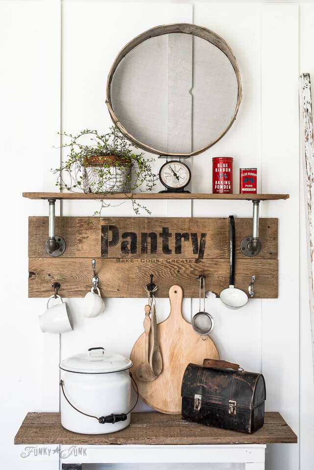 Pantry Sign Shelf #diy #pallet #sign #decorhomeideas