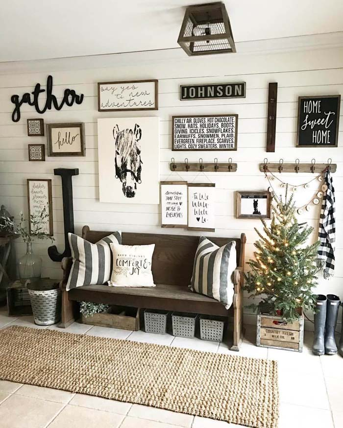 Ranch-Style Front Hall with Assorted Signs #farmhouse #entryway #decor #decorhomeideas