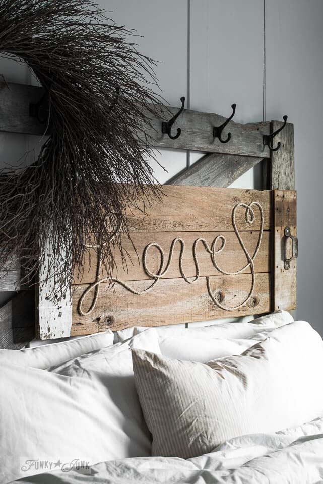 Reclaimed Wood Love Rope Sign #diy #pallet #sign #decorhomeideas