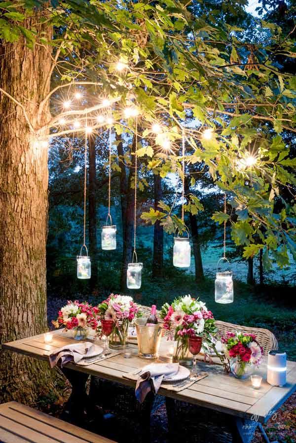 Romantic String Lights and Hanging Jars #stringlight #garden #yard #decorhomeideas