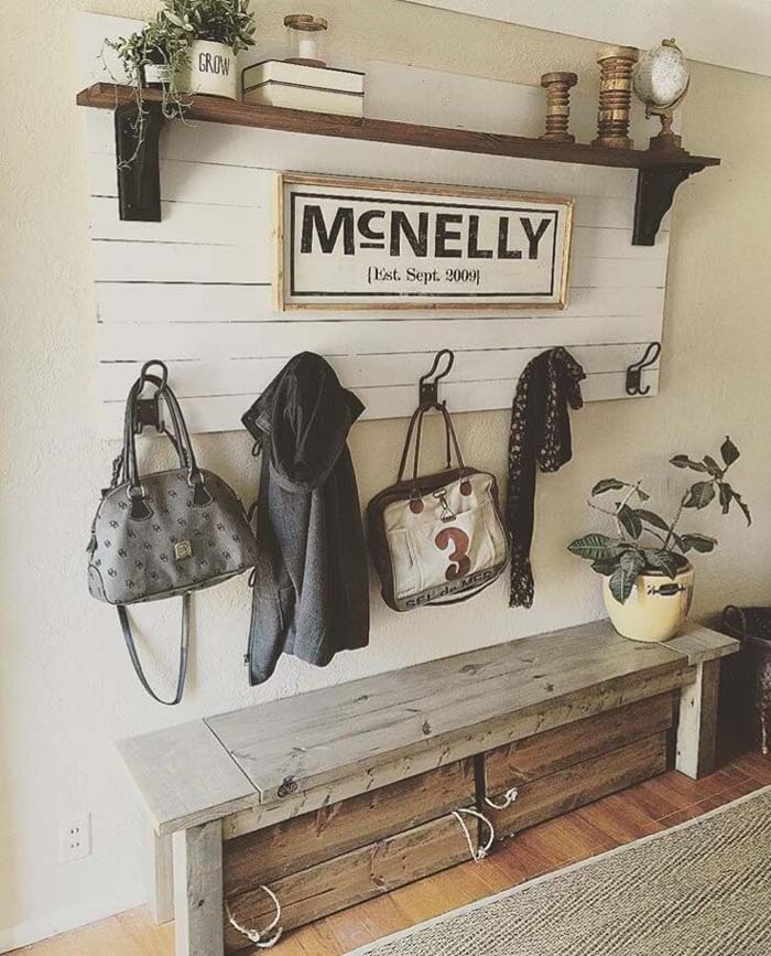Stable-Style Entrance with Wooden Storage Seating #farmhouse #entryway #decor #decorhomeideas