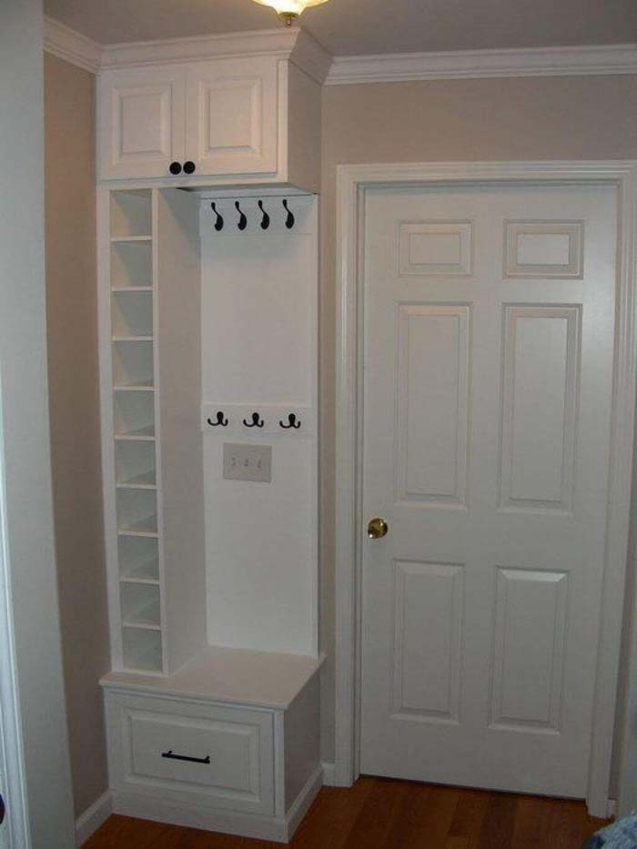 Super Smart Use Of Small Space #storage #mudroom #organization #decorhomeideas