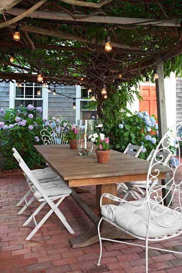 Vintage Edison Bulbs with Garden Furniture #stringlight #garden #yard #decorhomeideas