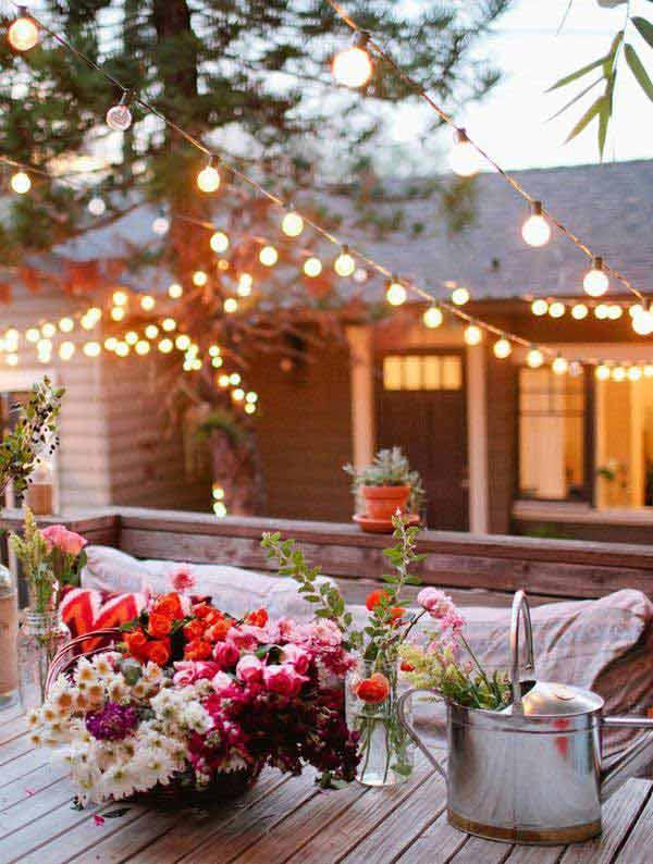 White Lights and Fresh Flowers #stringlight #garden #yard #decorhomeideas