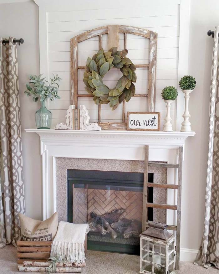 Window Frame with Bay Leaf Wreath #rustic #livingroom #walldecor #decorhomeideas