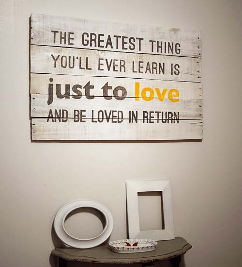 Wood Pallet Love Quote Art #diy #pallet #sign #decorhomeideas