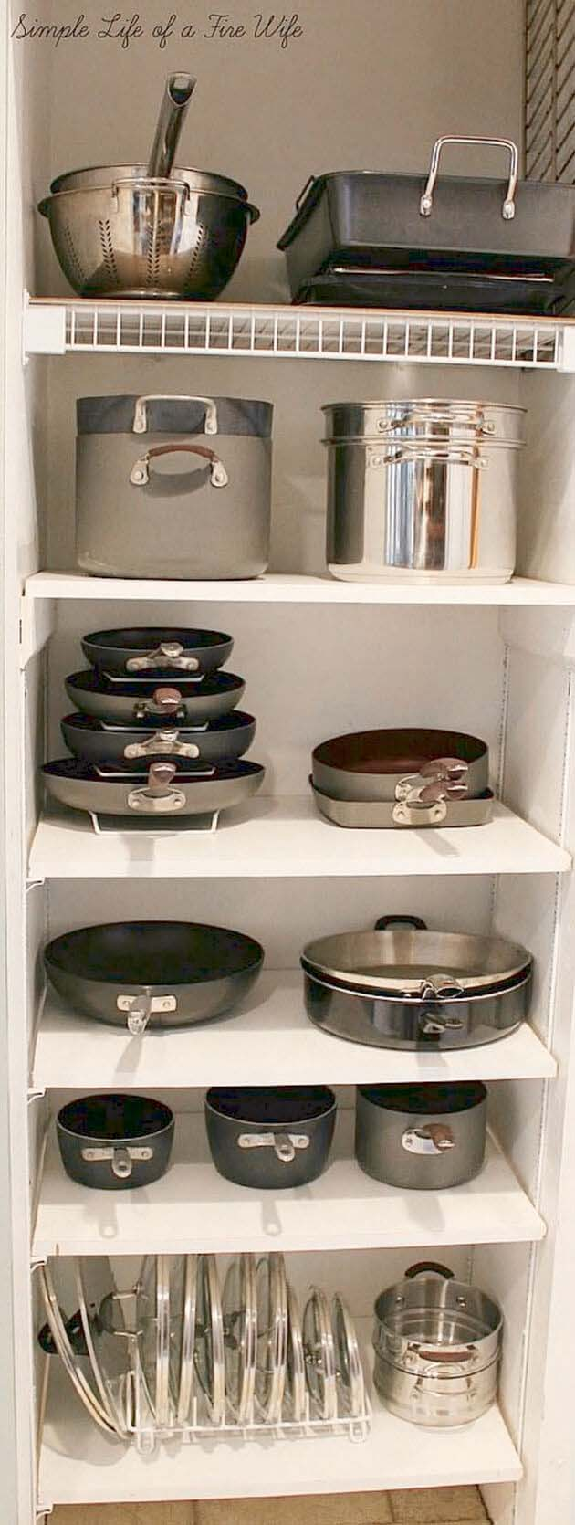 A Storage Cabinet for Pots and Pans #smallkitchen #storage #organization #decorhomeideas