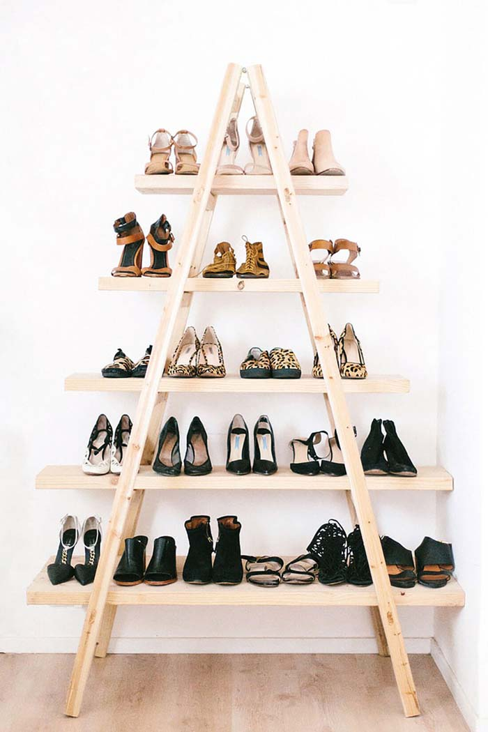 Awesome A-Line Industrial Shoe Organizer #diy #ladder #repurpose #decorhomeideas